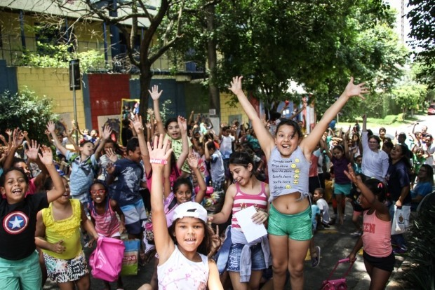 ONG Casa do Zezinho distribui 500 cestas básicas e kits de prevenção ao Coronavírus em São Paulo